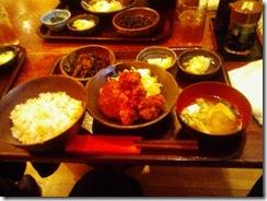 鶏唐揚げ+メンチカツ定食