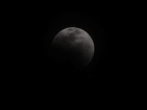 22:10のお月様
